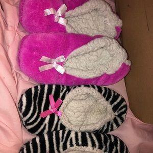 Accessories - 2 pairs of slipper socks‼️BOGO‼️